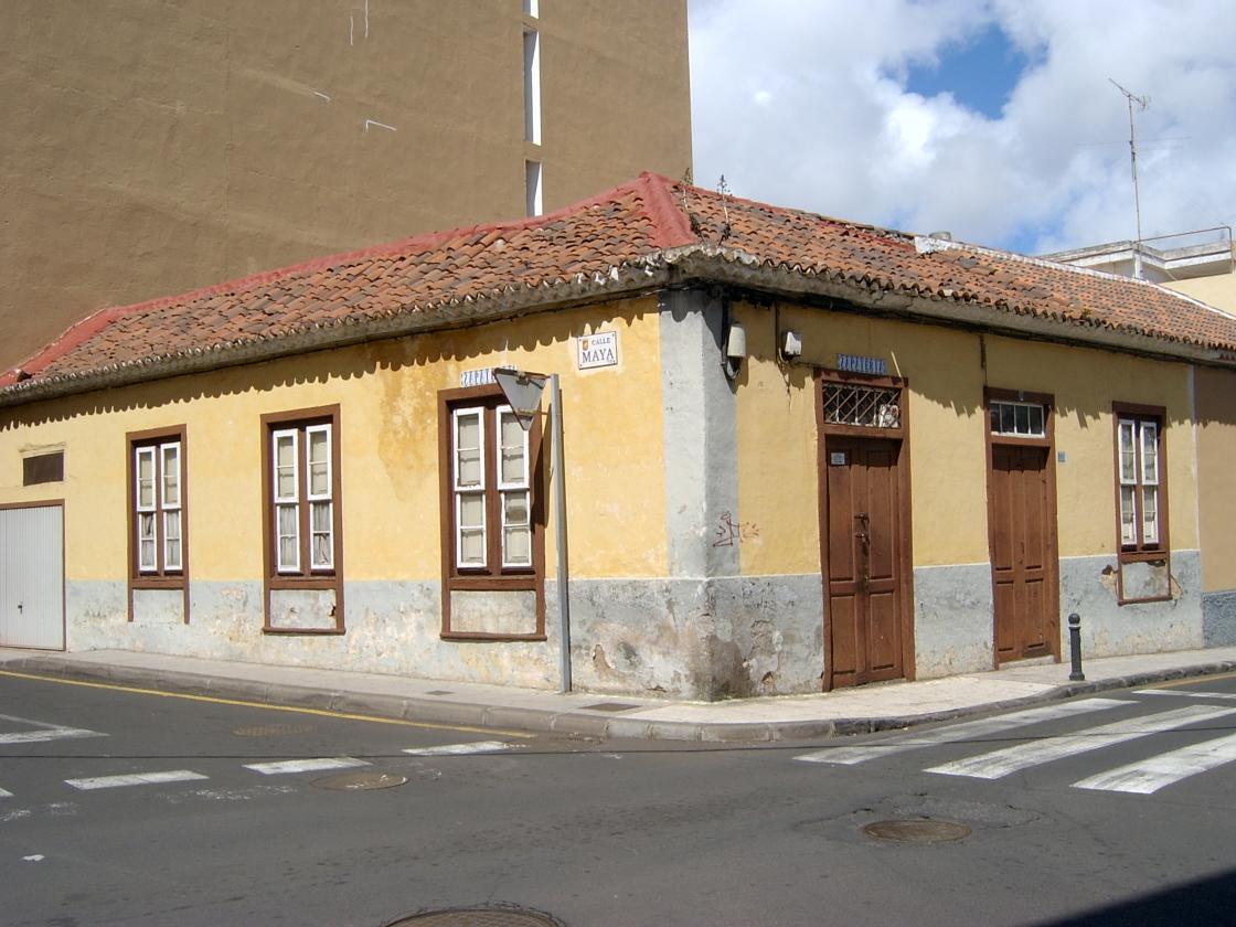 Rehabilitaci n de casa canaria para comercial y vivienda rqr arquitecto - Rehabilitacion de casas antiguas ...